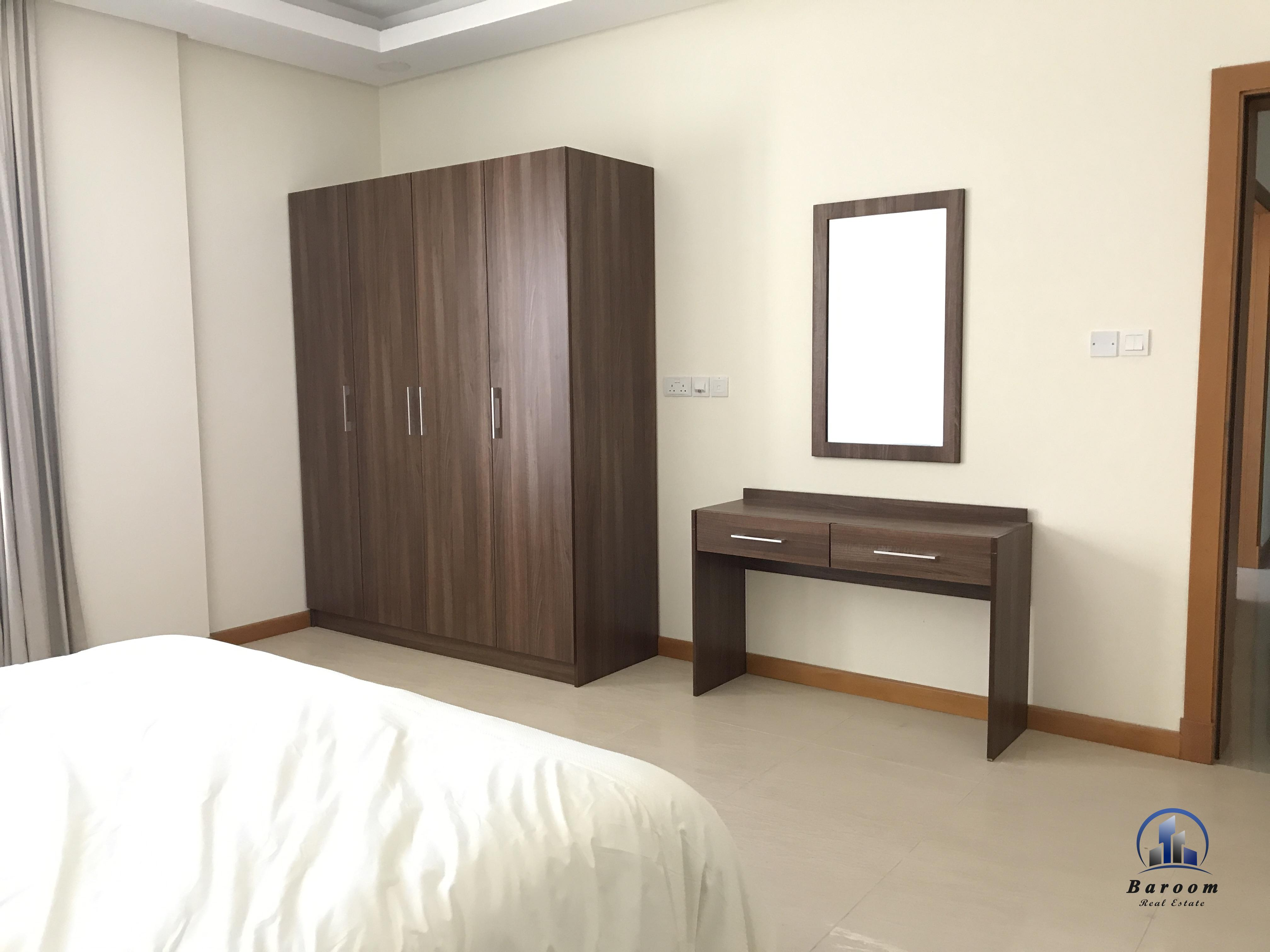 Bright Two Bedroom Duplex Apartment6