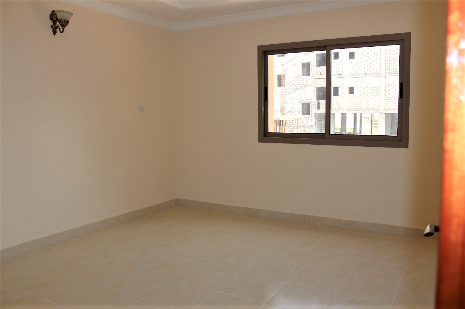 Three Bedroom Unfurnished Apartment6